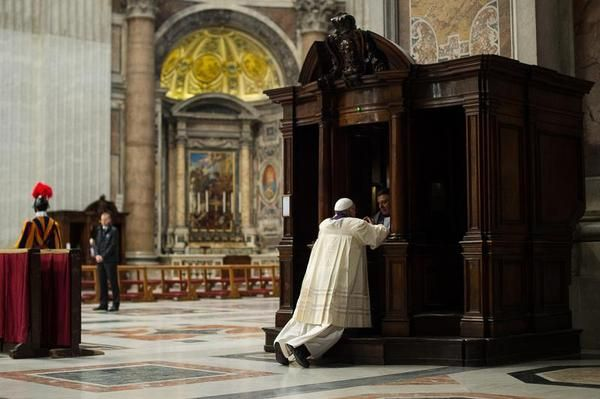 Pope Francis declares Holy Year in Rome - image 2