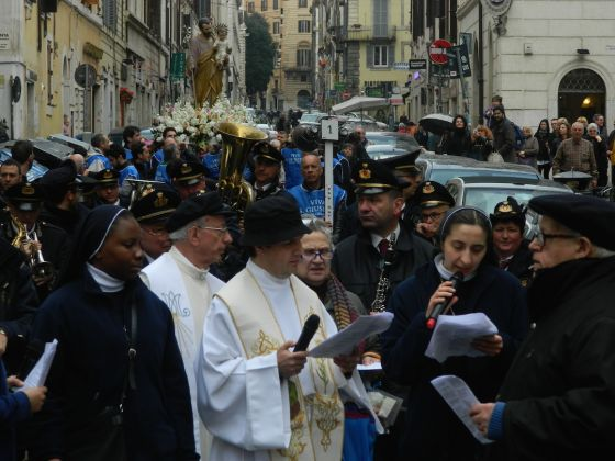 Procession for St Joseph in Rome's Monti district - image 2