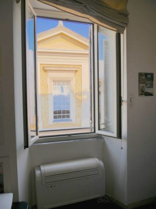 Studio in the heart of Trastevere. - image 1