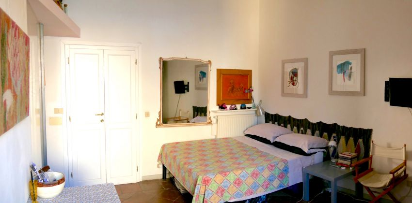 Studio in the heart of Trastevere. - image 4