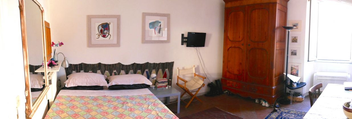 Studio in the heart of Trastevere. - image 2