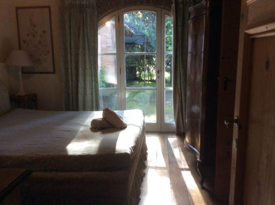 Via Appia Antica delightful dependance for rent - image 4
