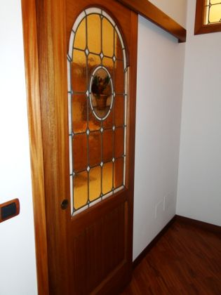 ESQUILINO BEUATIFUL REMODELED 3-BEDROOM FLAT - image 9