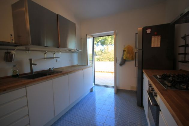 3-bedroom flat in the EUR countryside - image 5