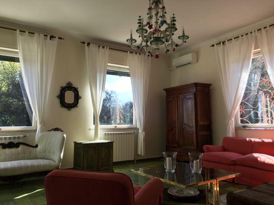 4-BEDROOM VILLA OVERLOOKING ROMAN HILLS - image 5