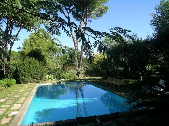 Rent prestigious villa Cassia Grottarossa - image 9
