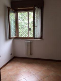 2-BEDROOM FURNISHED FLAT - CALTAGIRONE/ACILIA - image 8