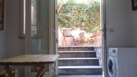 Manzoni Area - Basement Apartment - image 14