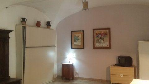 Manzoni Area - Basement Apartment - image 6