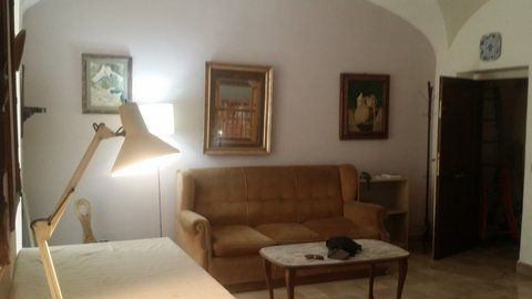 Manzoni Area - Basement Apartment - image 13