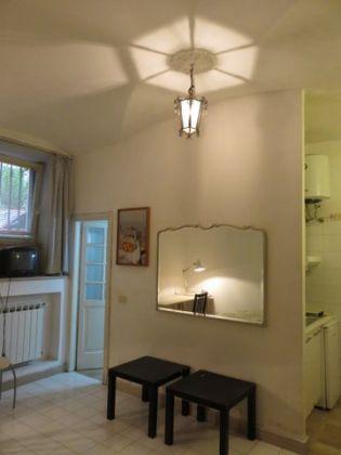 Manzoni Area - Basement Apartment - image 3