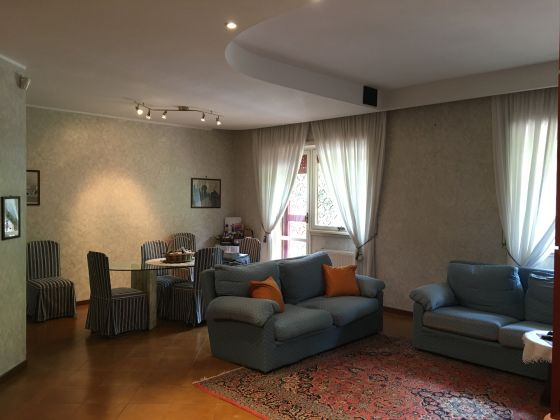 APPIAN WAY - 3-BEDROOM FLAT RENTING FURNISHED - image 4
