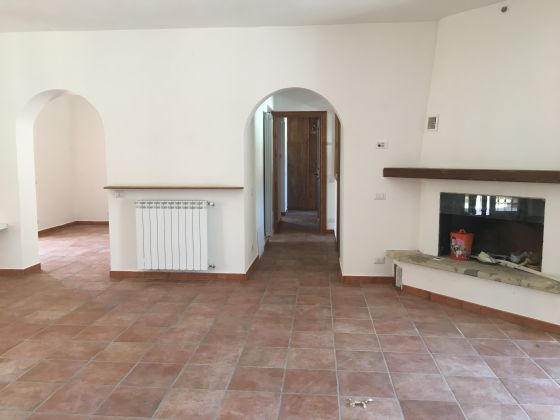 2-bedroom flat in countryside near St. George's - image 6