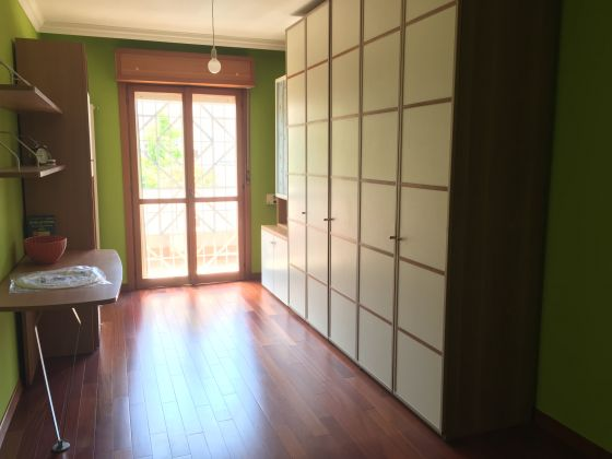 Elegant remodeled 2 bedroom villetta in Acilia - image 8