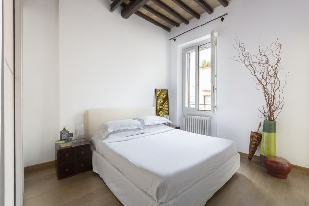 Stylish one bed near Campo de' Fiori - image 4