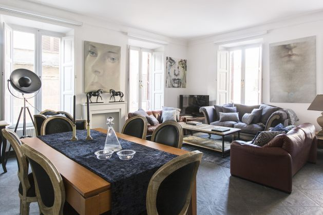Onefinestay sophisticated 3 bed apartment near Colosseum - image 1