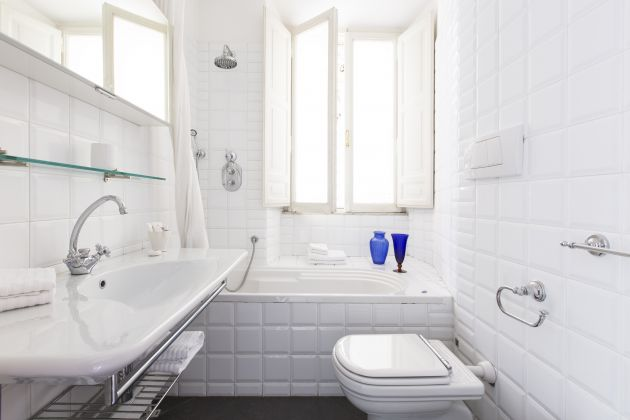 Onefinestay sophisticated 3 bed apartment near Colosseum - image 4