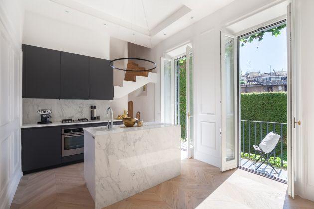 Luxury apartment near Piazza Navona - image 1