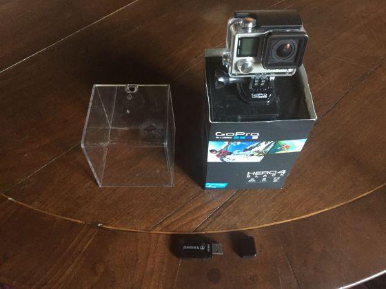 Selling 2 GoPro4 Black - image 4