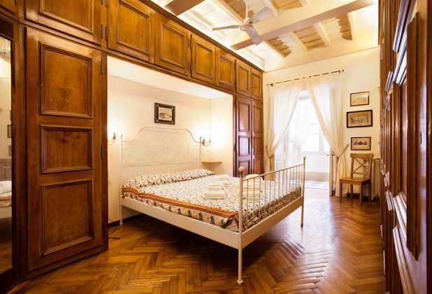 Elegant apartment 2 bedrooms, 2 bathrooms and huge living room in Spanish Steps area - image 3
