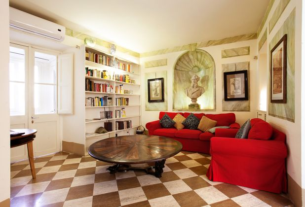 Elegant apartment 2 bedrooms, 2 bathrooms and huge living room in Spanish Steps area - image 2