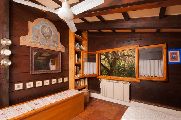 Charming and cosy wooden cottage for sale - image 8
