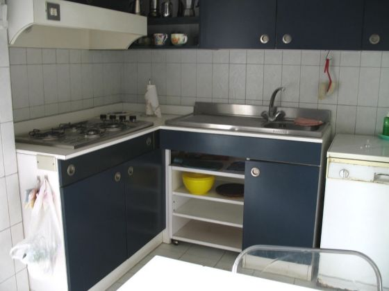 TRASTEVERE - LARGE 3 BEDROOM APARTMENT WITH TERRACE - image 1