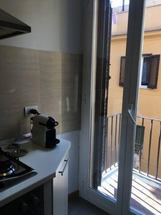 Trastevere 1-Bedroom Modern Bright Flat - image 8