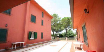 Sacrofano - Huge, 500m2 country villa renting - image 12