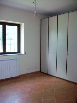 Cesano - 3-bedroom apartment in farm house compound - image 10