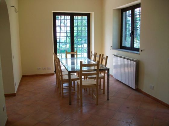 Cesano - 3-bedroom apartment in farm house compound - image 7