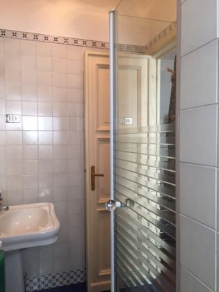 2 BEDROOM APARTMENT FURNISHED CLOSE TO VATICAN - image 3