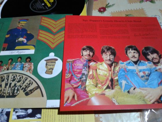Vinyl LP33. Beatles Sgt. Peppers Lonely Hearts Club Band - image 1