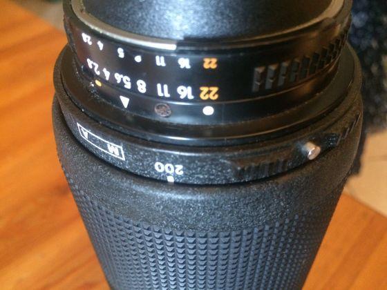 Nikon 80-200mm 2.8 LENS AF - image 4