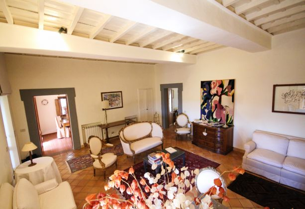 Exclusive apartment for sale in the mediaeval castle of Filacciano - 30 min from Rome - image 3