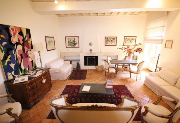 Exclusive apartment for sale in the mediaeval castle of Filacciano - 30 min from Rome - image 4