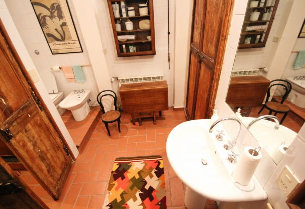 Exclusive apartment for sale in the mediaeval castle of Filacciano - 30 min from Rome - image 6