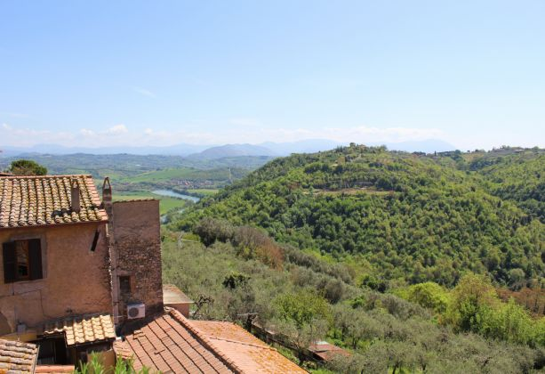 Exclusive apartment for sale in the mediaeval castle of Filacciano - 30 min from Rome - image 17