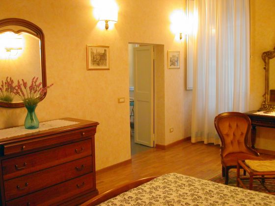 Live in the heart of Trastevere ! - image 3