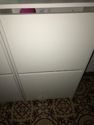 EXPAT MOVING SALE - Like new white Ikea furniture and misc housewares - image 5