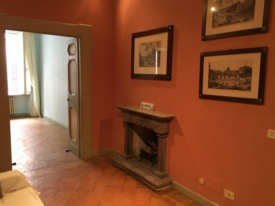 Castel Sant'Angelo - 4-bedroom apartment with balcony! - image 4