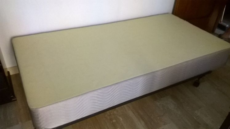 Single Mattress, Box-Spring and Frame - image 3