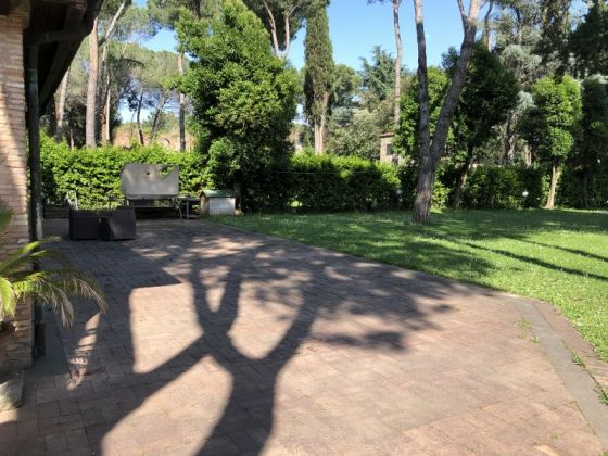 One of a Kind villa on Appian Way - image 10