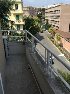 Remodeled, 3-bedroom flat in Parioli - AVAILABLE - image 13