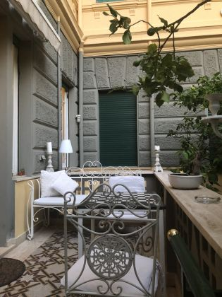 Pinciano - 3-bedroom flat with garden and dependance - image 3