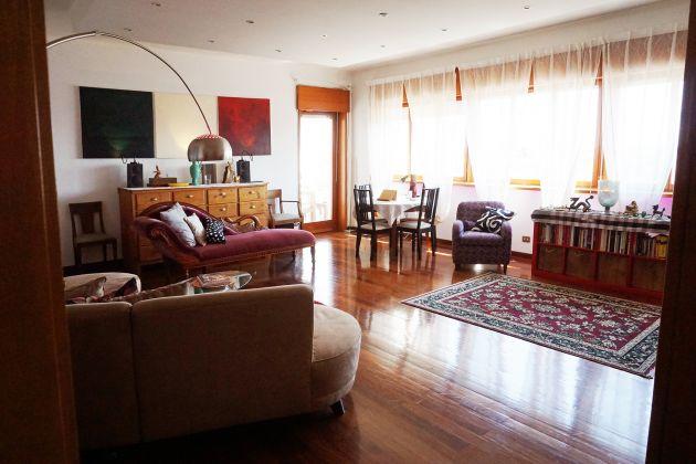 Huge 4-bedroom flat near IFAD/Laurentina Metro - AVAILABLE - image 3