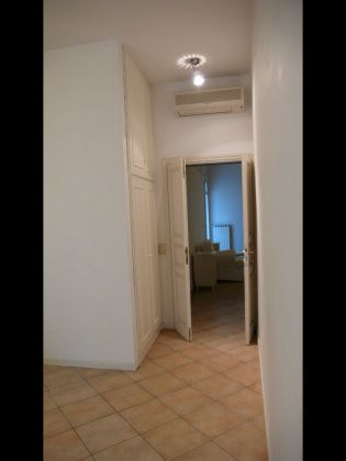 TRASTEVERE 2 BEDROOM FURNISHED - image 8