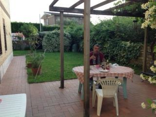 Ground floor family apartment (100m sq) garden (400m sq) near the raccordo Flaminio or Cassia bis exit. - image 11