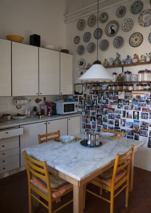Great architect's  apartment in historical center of Rome - image 3