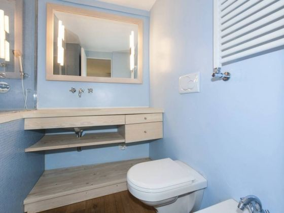 Independent apartment in Monti - 2 bedrooms + Terrace - image 11